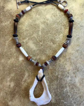 elk-tiger-eye-amulet-sacred-art-ceremony-jewelry